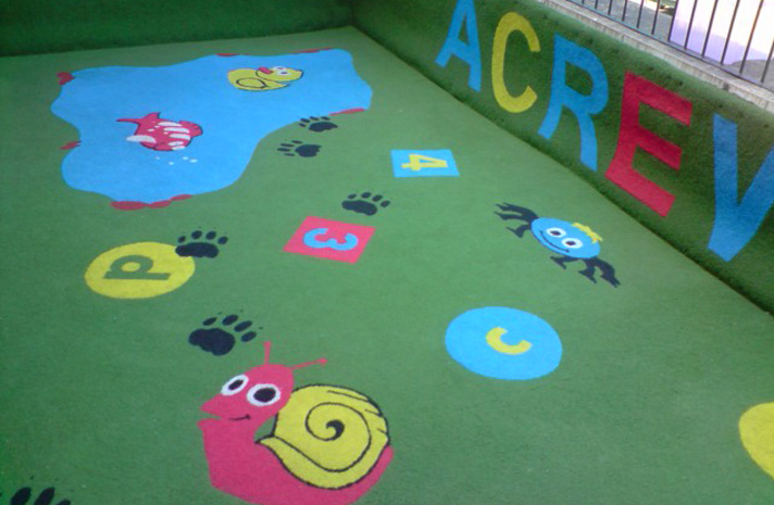 Artificial surfaces / multipurpose carpet for playgrounds